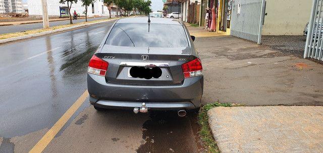 Vendo ou troco honda city 2010 1.5  - Foto 6