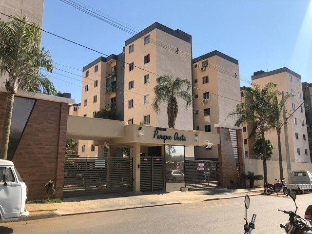 Residencial Parque Oeste - Apartamento 3 quartos sendo uma suíte