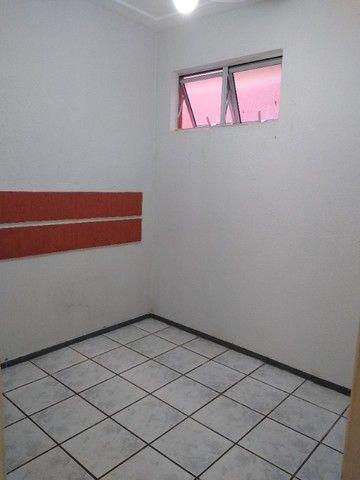 Apto TAbapua, Rua Rio Regro, com armários e Ar condicionado - Foto 13