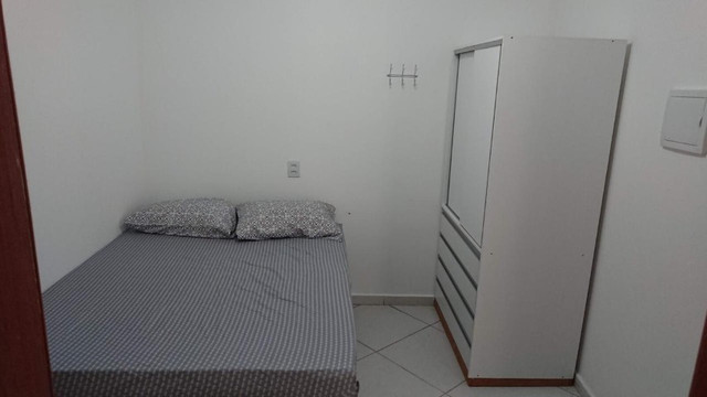 Alugam-se quartos e suítes mobiliadas na pedreira - Foto 4
