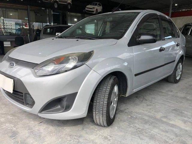 Fiesta Sed. 1.6 16V - Foto 2