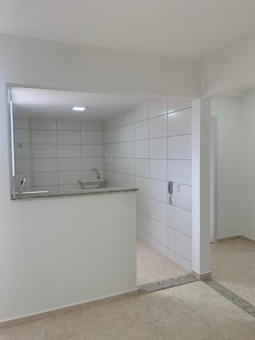 "Alugo apartamento ""novo"" no condomínio "" Jardim de Madri - Bloco com elevador - Foto 10"
