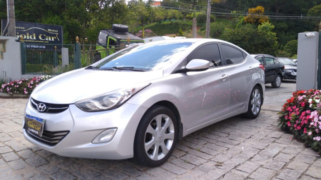 Hyundai Elantra GLS 1.8 2013 - Foto 3
