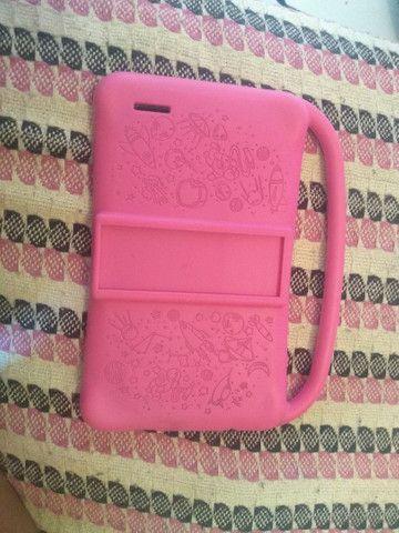 Vendo bebê conforto e tablet 300 reais tudo  - Foto 2