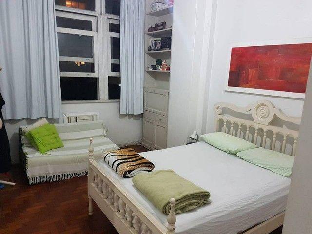 Apartamento para aluguel possui 90 metros quadrados com 2 quartos