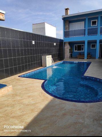 Casa com piscina para confraternização,churrasco, aniversário etc ...
