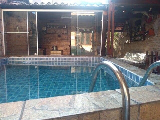 GR Maravilhosa casa com piscina - Foto 2