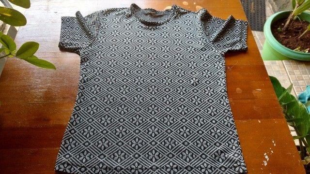 Blusas em malha - Tamanho P - Foto 3