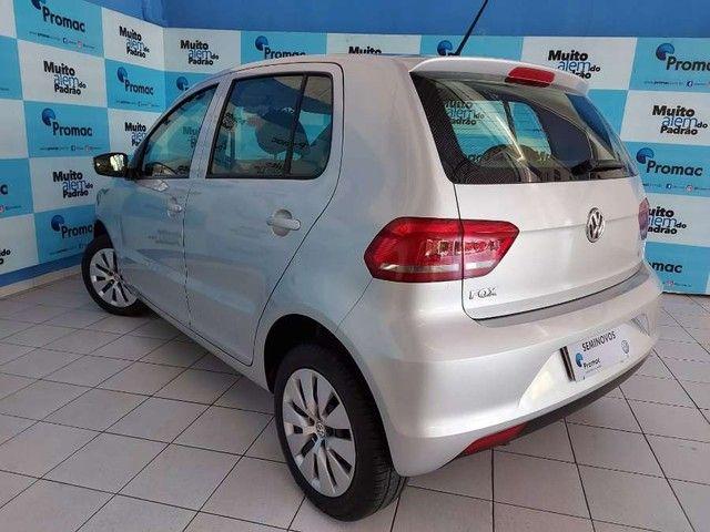 Volkswagen Fox Trendline 1.0 Flex 8V 5p - Foto 4