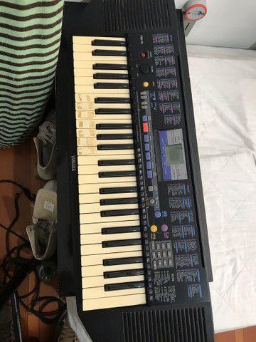 Teclado Yamaha R$350