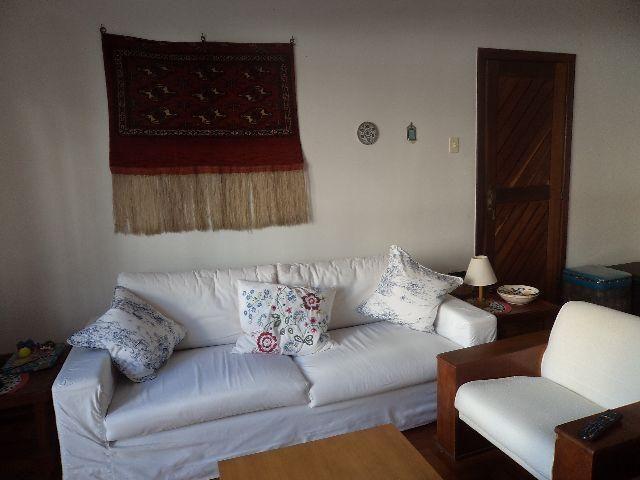 Amplo apartamento na Barra