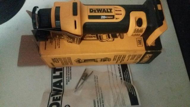 Recortadora drywall 20v max - Dewalt DCS551b - Foto 2