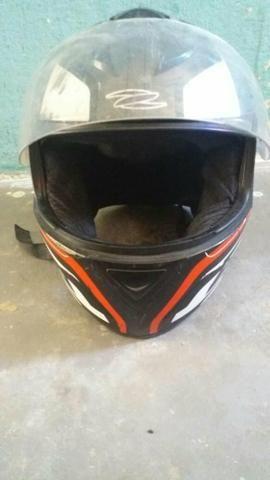 Dois capacete e um par de retrovisor - Foto 12