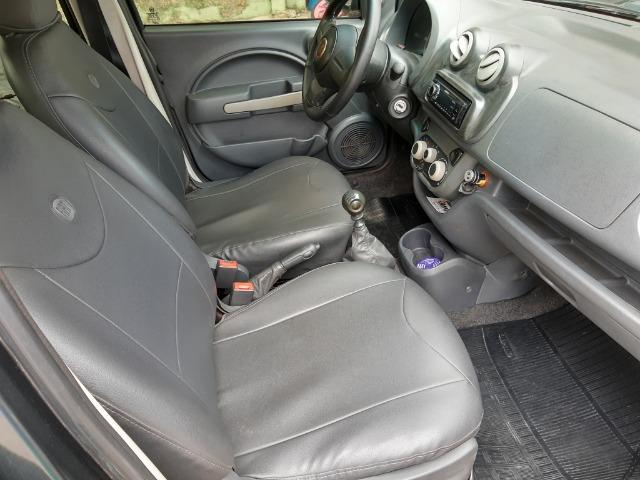 Fiat uno em perfeito estado, licenciamento em dias, sem multas, e dois pneus novos - Foto 3