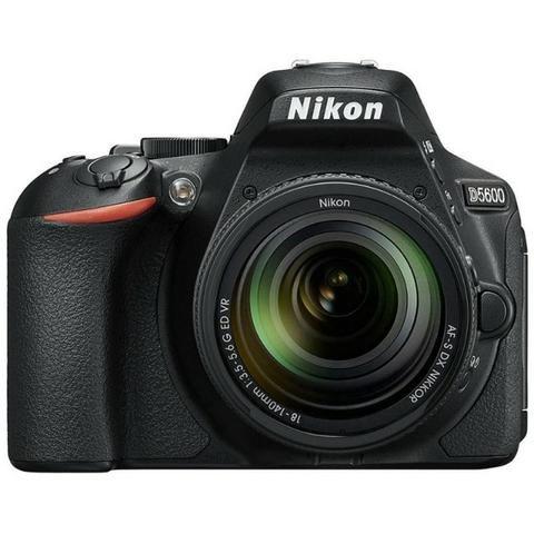 Câmera Digital Nikon D5600 Kit 18-140 VR 24.2MP gps/Bluetooth/NFC/Wi-Fi - Preto