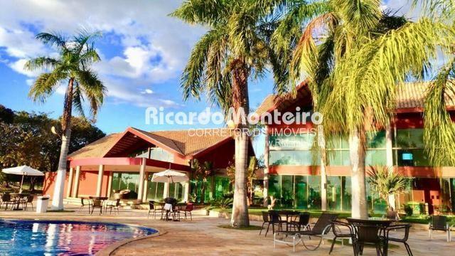 Terreno para venda no condomínio Polinésia, na beira do lago de Palmas com 1.248m2