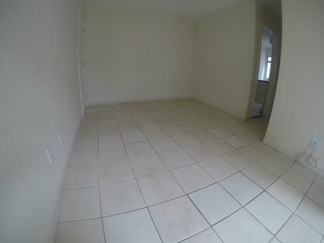 LH - Apartamentos com 2 quartos em Colinas de Laranjeiras - Ilha de Vitória - Foto 3