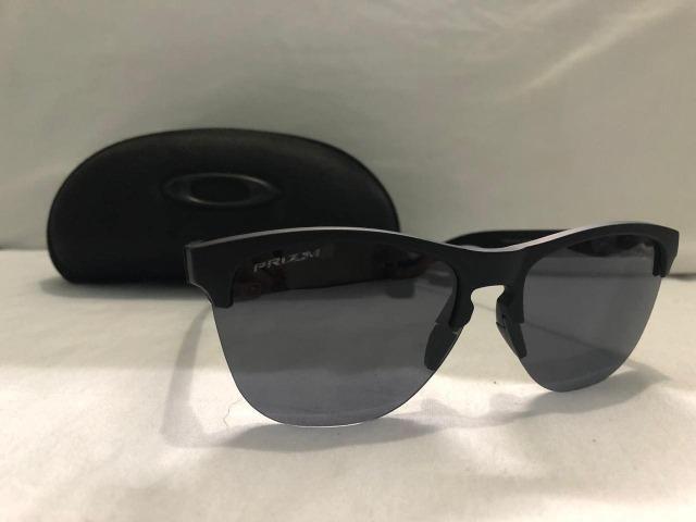 3fb9ccd12 Óculos de Sol Oakley Frogskins Lite - Bijouterias, relógios e ...