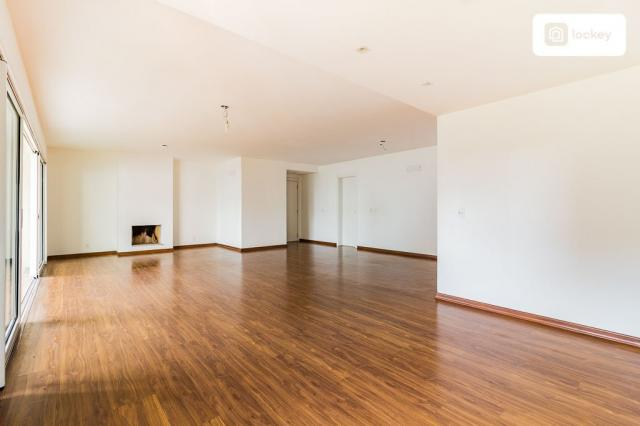 Apartamento com 200m² e 3 quartos - Foto 2