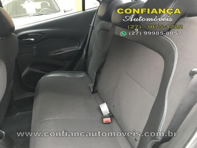 GM / Onix Hatch LT 1.0 8V - Foto 7
