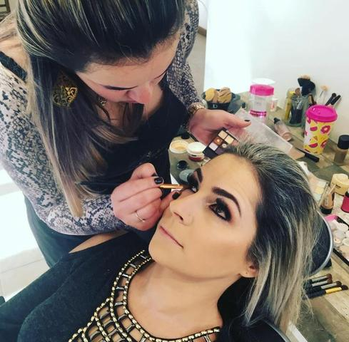Liza Lima Studio Hair - Cursos Profissionalizantes - Foto 6