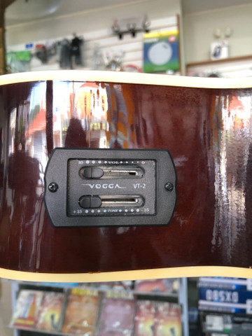 Violão nylon Vogga cutaway elétrico - Foto 6