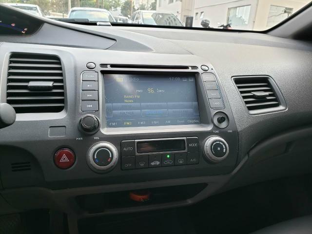 Civic 2011 Cambio Manual, cor cinza carro com 130 mil km - Foto 5