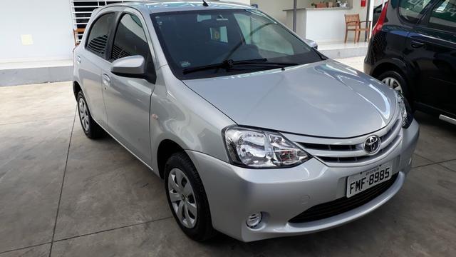 Toyota Etios xs 1.5 - Foto 8