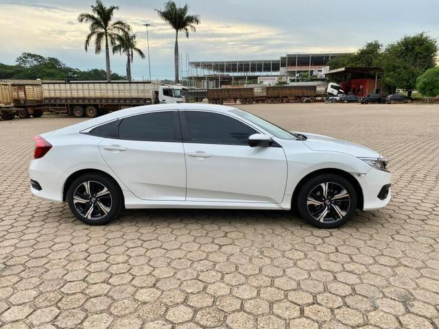 Civic 2017 EXL Branco perolizado 20 mil km - Foto 11