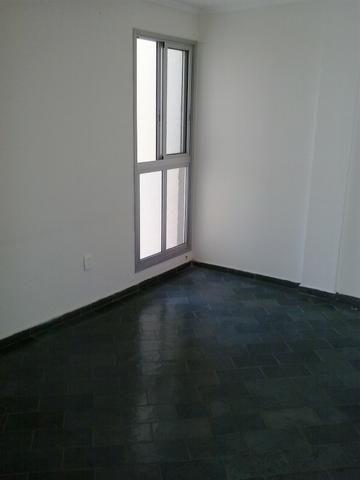 Lindo Apartamento no Condomínio Itamaracá - Venda - Troca (veículos) - Financiamento - Foto 2