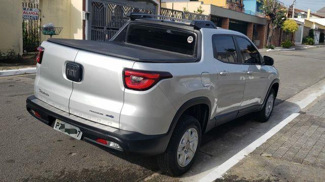 Fiat TORO Freedom AT6 1.8 ano 2018 16V, cor prata, otimo estado - Foto 2