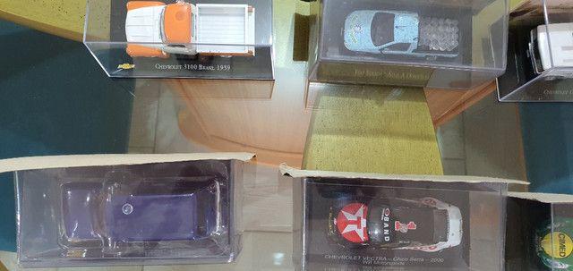 Carros em miniatura - Foto 2
