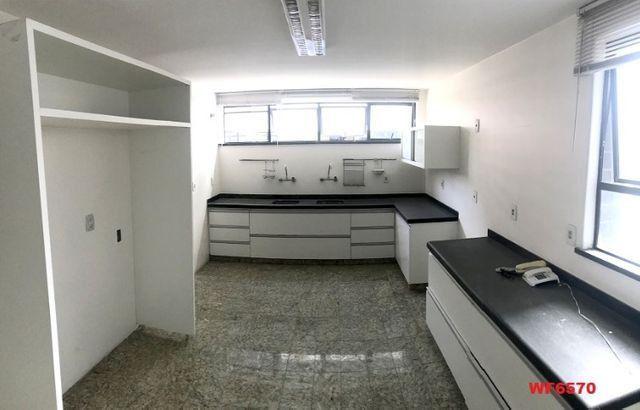 Edifício Búzius, apartamento com 4 quartos, gabinete, estar íntimo, 4 vagas - Foto 5