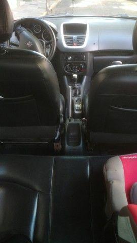 Peugeot 207 com bancos de couro  - Foto 7