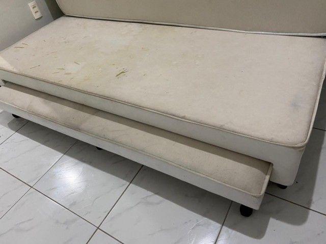 Cama de solteiro com cama auxiliar branca  - Foto 2
