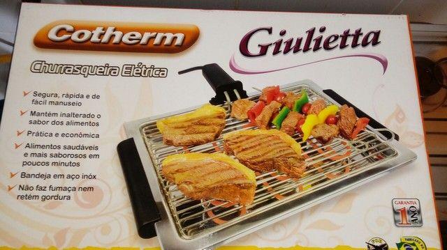 Vendo churrasqueira elétrica nova 127v com garantia - Foto 2
