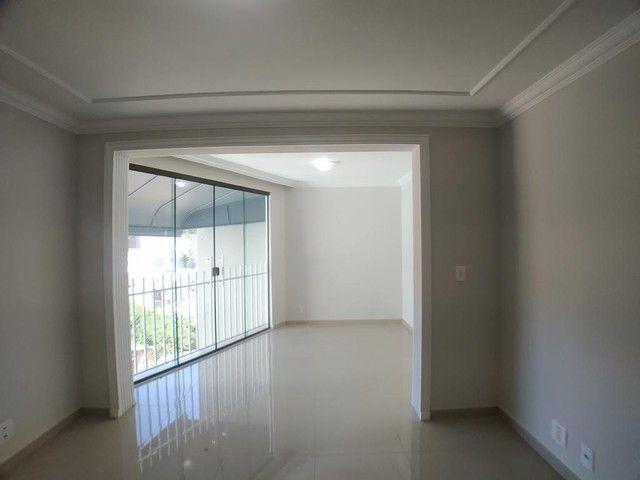 Locação   Apartamento com 112.27 m², 2 dormitório(s), 1 vaga(s). Zona 05, Maringá - Foto 5