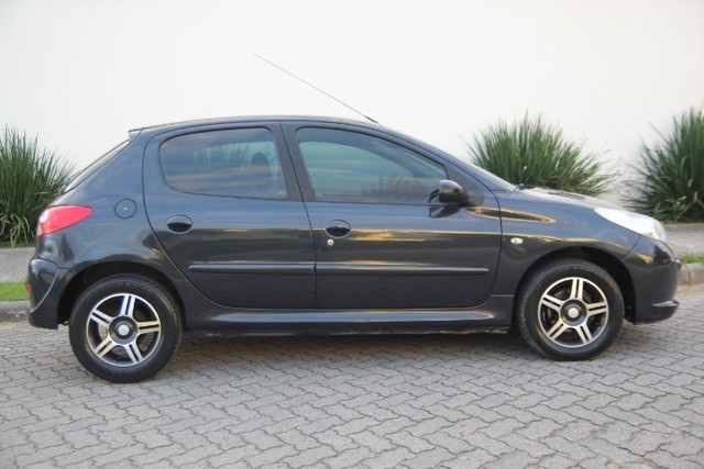 Peugeot 207 1.4 XR / 2012  - Foto 6