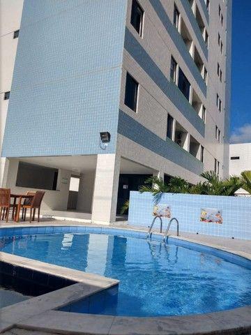 Apartamento no Bancários 02 quartos com elevador e piscina - Foto 2