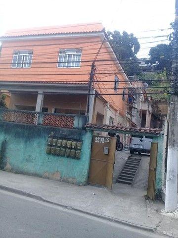 Aluga casa 2qtos. São Gonçalo bairro Antonina