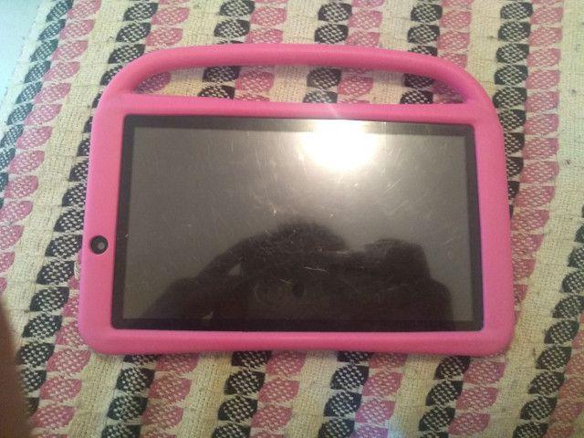 Vendo bebê conforto e tablet 300 reais tudo  - Foto 3