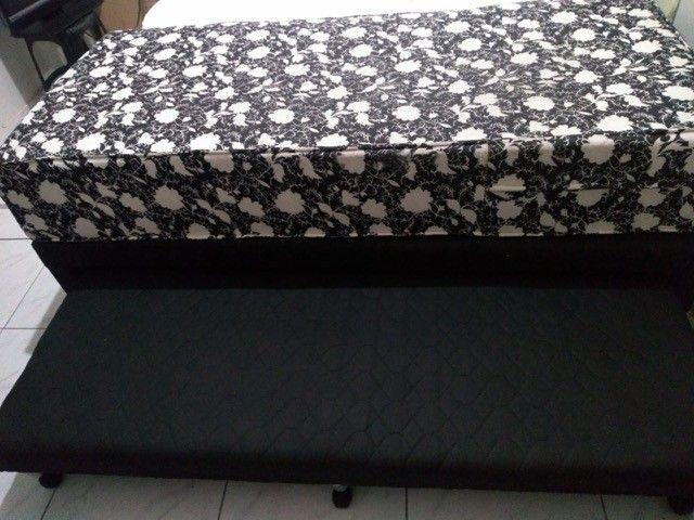 Cama solteiro com colchão seminovo e com cama auxiliar - Foto 3