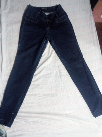 5 calças jeans por 40Reais - Foto 2
