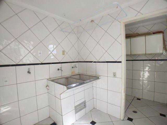 Locação   Apartamento com 112.27 m², 2 dormitório(s), 1 vaga(s). Zona 05, Maringá - Foto 18