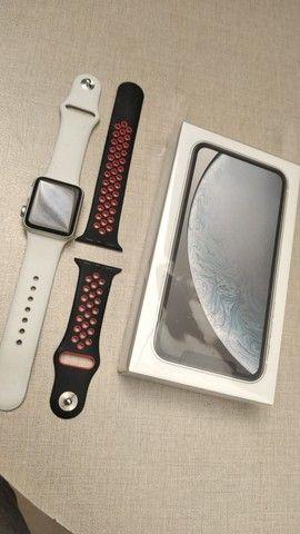 Vendo IPhone XR + Relógio