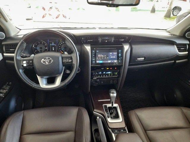 Toyota SW4 2.8 SRX 4X4 Diesel 7 Lugares Automática 2018/2019 - Foto 8
