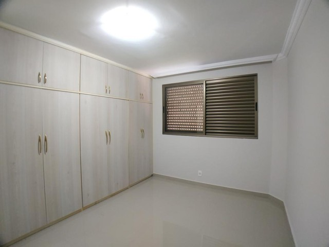 Locação   Apartamento com 112.27 m², 2 dormitório(s), 1 vaga(s). Zona 05, Maringá - Foto 12