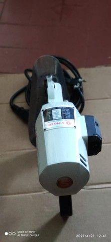 Maquina de corte circular Singer  - Foto 5