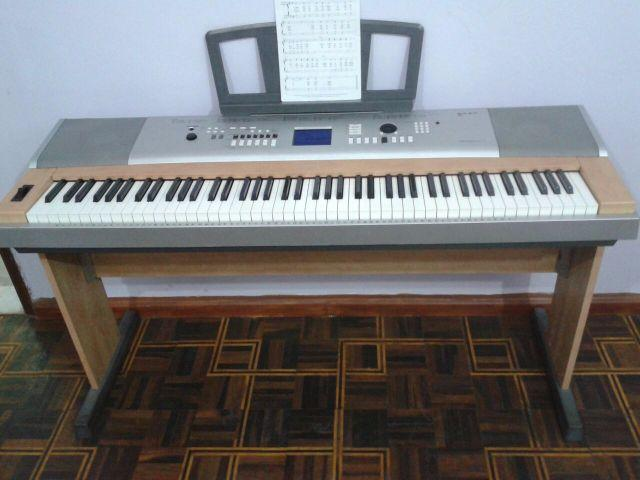 piano digital yamaha portable grand dgx 630 instrumentos. Black Bedroom Furniture Sets. Home Design Ideas