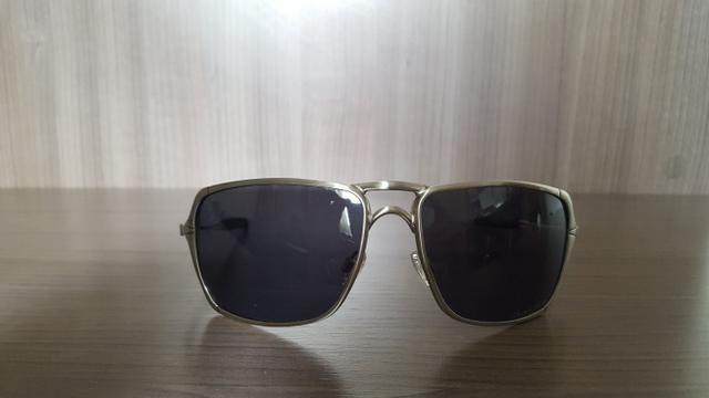 Óculos Oakley masculino estilo quadrado livro de ELi